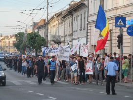 Cover for: Marching for liberal democracy: The phenomenon of street protests in Romania