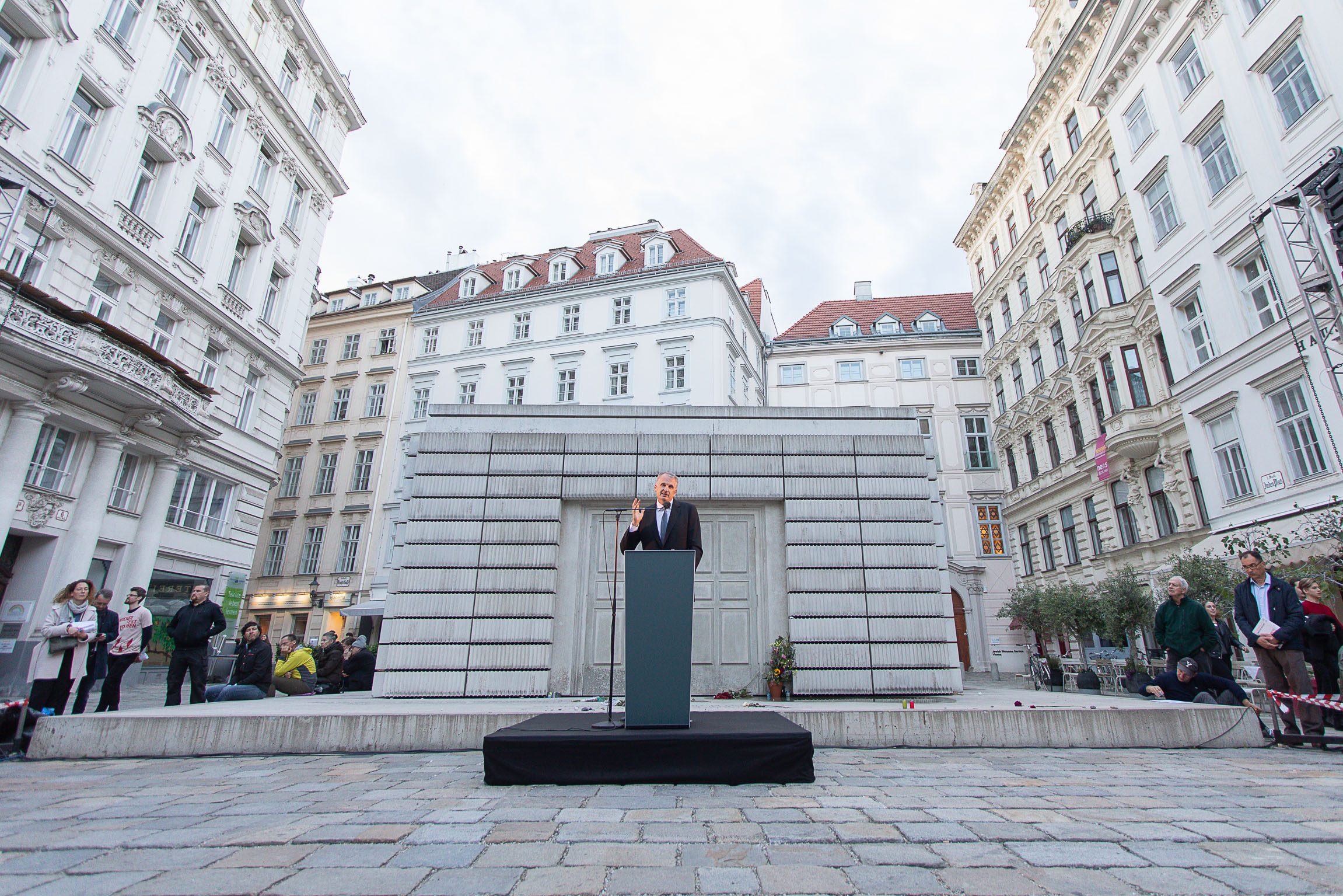 Timothy Snyder giving a Speech at Judenplatz, Vienna.